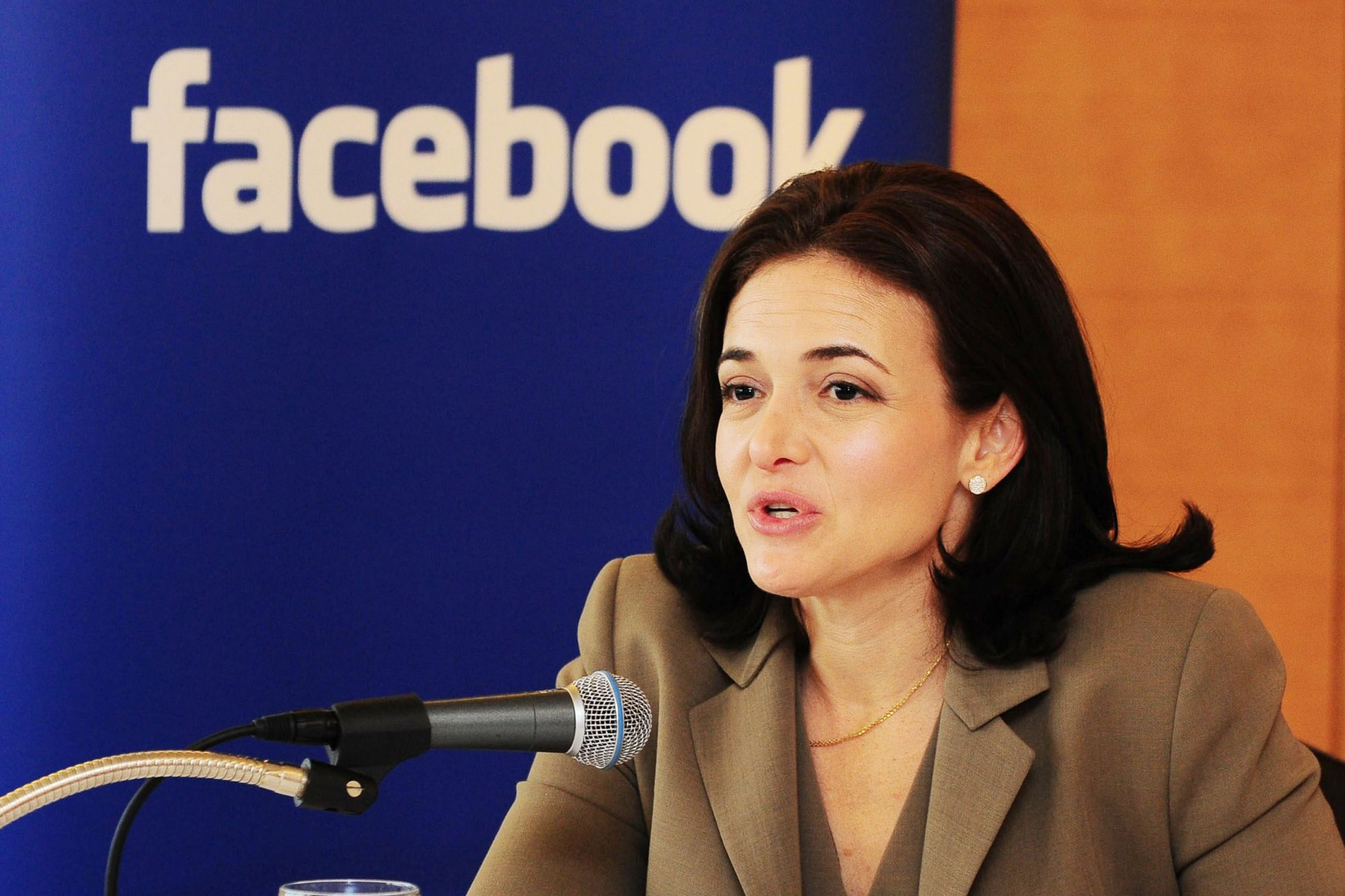 Facebook Coo Sheryl Sandberg-in Harvard -must view